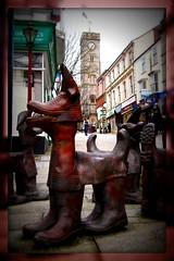 The Tinners Hounds (Andrew Buck) Tags: sculpture david heritage bronze tin cornwall mining kemp hounds redruth tinners