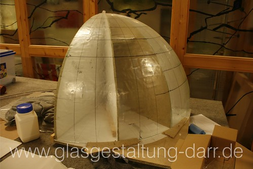 """Erste Schritte: Globus aus Glas / Globe made of glass • <a style=""""font-size:0.8em;"""" href=""""http://www.flickr.com/photos/65488422@N04/6742352235/"""" target=""""_blank"""">View on Flickr</a>"""