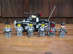 FRC (1) (Dr. Roday) Tags: lego jeep military bricks company guns minifig alpha frc brickarms roday