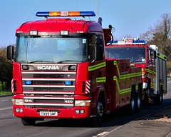 South Wales Fire & Rescue Service Scania 420 Wrecker (Mark-Hobbs) Tags: uk coastguard rescue beautiful wales truck fire nikon nef escape transport blues police ambulance burn copper guns breakdown nikkor dslr emergency firefighter avon siren baton chepstow arrest bluelight gwent firebrigade response tazer firearms lightroom 999 bullhorn severnbridge firerescue monmouthshire bulwark lightbar rotator hgv thornwell pcso heavyhaulage markhobbs scania420 southwalesfireandrescue nikond7000 nikond3100 welshambulance lightbaremergency a466chepstow markbusa