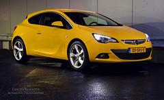 Affengeil! (Luuk van Kaathoven) Tags: yellow van astra opel vauxhall gtc luuk autogetestnl luukvankaathovennl autogetest kaathoven