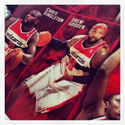 Drew Gooden made the #Wizards team poster. Go team Go.