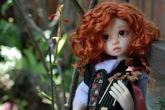 Gracie's Mandolin (Emily1957) Tags: light musician music toy toys nikon gracie doll dolls kitlens mandolin naturallight bjd redhair nikond40 kayewiggs