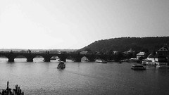 Miluji t... (Karla Matyov) Tags: praha praga most vltava karlv puentecarlos vpraze riomoldava