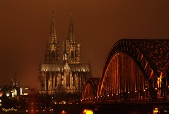 Cologne Cathedral at night    ( Explored ) (Henry der Mops ( trying to catch up )) Tags: germany deutschland nightshot cologne kln rhein klnerdom colognecathedral unescoweltkulturerbe canoneos500d anticando mygearandme blinkagain