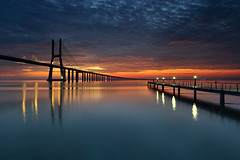 Breaking Dawn (CResende) Tags: bridge color portugal sunrise dawn lisbon breaking vascodagama pvg parqueexpo cresende