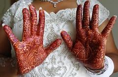 Hindouia henna (Hand of Fatima Henna Art) Tags: syringe henna mehndi fatima bridalhenna hennaart hennapainting hennaworkshop hennafestival
