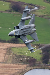 250 feet..420 Knots...RAF Low Level (PhoenixFlyer2008) Tags: wales speed canon hawk vampire bat valley gotham tornado t2 lowlevel panavia royalairforce gr4 machloop marham ixbsqn