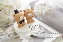 Wedding Cake Topper-love bear (charles fukuyama) Tags: bear wedding handmade bowtie bouquet lovely custom sculpted headpiece cakedecoration weddingcaketopper claydoll