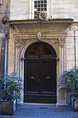 "Casa di Prospero Mochi, via dei Coronari • <a style=""font-size:0.8em;"" href=""http://www.flickr.com/photos/89679026@N00/6481924643/"" target=""_blank"">View on Flickr</a>"