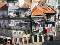 Porto, antiche case in rua Escura - Explore Dec 15, 2011 #308 (Valerio_D) Tags: portugal porto oporto supershot ilustrarportugal srieouro anticando nikonflickraward 2011estate