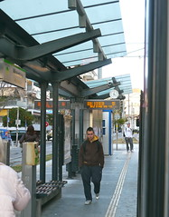 Athnes, Grce: sur le quai du tram (Marie-Hlne Cingal) Tags: athens greece grce athnes  athna elldha hells     athnai