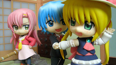 Nendoroid - Friendzoned? (Hayate no Gotoku) (NoblePink) Tags: jfigure goodsmilecompany hayatethecombatbutler hayatenogotoku nendoroid sanzeninnagi katsurahinagiku ayasakihayate