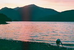 Atardecer Apocalipsis Now (fedepiaggio) Tags: mountain lake art nature rio atardecer paisaje retro lagos analogue montaa analogica montaas chubut analogic parquenacionallosalerces surargentino