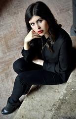 ile_DSC7758modfirma (manuele_pagani) Tags: red portrait black girl beauty dramatic lips latina ritratto dressed figura ilenia intera