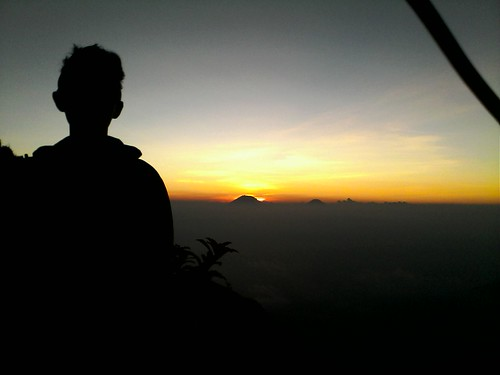 "Pengembaraan Sakuntala ank 26 Merbabu & Merapi 2014 • <a style=""font-size:0.8em;"" href=""http://www.flickr.com/photos/24767572@N00/27094615251/"" target=""_blank"">View on Flickr</a>"