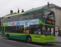 Scania_N230UD_East_Lancs_OmniCity_1144_HW09_BBX (peter_skuce) Tags: bus shanklin scania eastlancs southernvectis omnicity n230ud