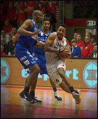 Dejuan Wright / Guard (guenterleitenbauer) Tags: pictures sports basketball sport ball photo google fight flickr foto basket image photos action guard champion picture vice indoor images final fotos april match wright win finale halle austrian gnter korb liga playoff wels 2016 wbc meisterschaft guenter dejuan leitenbauer wwwleitenbauernet oberwartgunners