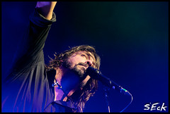 Foo Fighters - Dave Grohl (Stephen Eckert) Tags: show philadelphia rock concert guitar nirvana live gig philly foofighters ff foos wachoviacenter davegrohl wellsfargocenter chrisshiflett taylorhawkins patsmear natemendel wastinglight stepheneckert
