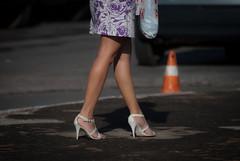 9070tw (Chico Ser Tao) Tags: street woman women highheels legs mulher feminism pernas rua voyer genre sandlia feminismo saltoalto voyerismo gnero