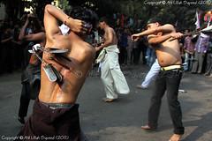 Religious Deem ['Ashura' Event in Dhaka Bangladesh 2011 by Shi'a Muslims.] (fRoM.tHe.ZeRo (http://atikullah.blogspot.com/)) Tags: canon hit blood body cut sharp catch shia muharram dhaka 1855mm muslims bangladesh himself matam martyrdom sayeed prophetmuhammad 50d atik secrifice atikullah ashuraeventindhakabangladesh2011byshiamuslimsashura intheyear680ad religiousdeem neardu