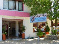 Ve El Mar (knightbefore_99) Tags: food santacruz fish west mexico lunch restaurant coast mexican bahia oaxaca pescado huatulco mariscos tangolunda veelmar