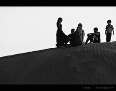 Folk in desert.. (VisualsDiary) Tags: india night children sam desert folk age future change wish jaisalmer rajasthan