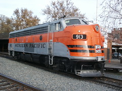 Western Pacific #913 (EMD F7A) in Sacramento, CA (CaliforniaRailfan101 Photography) Tags: california up nathan cab southern amtrak sp polarexpress leslie unionpacific sacramento gt northern ge a200 2008 wp sw8 sw1 unit sacramentoca southernpacific klamath p3 knor autorack 2030 emd westernpacific californiastaterailroadmuseum scotchlite gevo sd70m amtk e9a f7a ssrr electromotive grandtrunkwestern cdtx sd70ace es44ac ac44ccte c45accte p42dc e8a wp913 sp6051