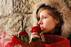 Passione & nostalgia (fromsunrisetosunset) Tags: red roses portrait woman cute girl face lady canon cool nice eyes pretty hand sad expression retrato femme tear emotions flickaward flickraward5 canoneos600d