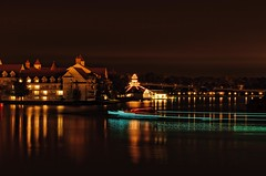 Seven Seas Lagoon (Explored) (Ray Horwath) Tags: longexposure water nikon disney disneyworld nikkor wdw waltdisneyworld nightexposure barges d300 nikkorlens horwath grandfloridianresort sevenseaslagoon electricalwaterpageant disneyphotos rayhorwath nikkor70mm200mmf28lens