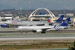 Skyteam Duo  - Delta N705TW  and  China Eastern B-6053 (Bob Garrard) Tags: china delta airbus boeing lax airlines eastern 757 a340600 klax skyteam b6053 n705tw
