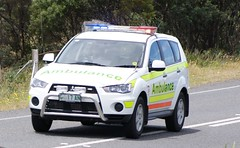 Ambulance Tasmania Mitsubishi Outlander - Rapid Response Vehicle (SierraTAS) Tags: blue red lights high australia systems led vehicle paramedic siren mitsubishi hazard response livery lightbar
