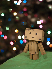The Danbo (greenplasticamy) Tags: 20mm 43 hayasaka japanese kaiyodo miura miurahayasaka yotsuba amazon amazoncojp box cardboard christmas danbo danboard decoration decorations dmcgf1 gf1 light lights lumix mft micro micro43 microfourthirds mini minidanbo minidanboard panasonic revoltech robot xmas