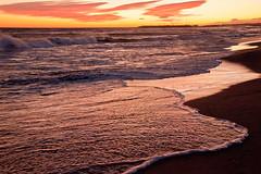 Platja de Sant Salvador (Ull_Viu) Tags: sol beach contraluz playa catalonia catalunya puestadesol puesta penedes catalua platja posta contrallum postadesol sansa costadorada costadaurada santsalvador vendrell elvendrell