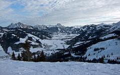 Tannheimer Tal (Nataraj Metz) Tags: schnee winter mountain snow alps berg clouds canon austria tirol sterreich europa europe einstein wolken valley alpen tyrol tal aut gebirge roteflh gimpel tannheimertal aggenstein alpmountains fssenerjchle schattwald wannenjoch powershots95 tannheimvalley