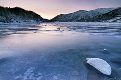 Apparent Warming (Tommaso Renzi) Tags: light cold texture ice norway nikon warm december tommaso lofoten artic e10 lofotenislands renzi flakstad gnd ramberg d300s