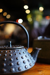 Let's have a cup of hot oolong tea in the snowy afternoon (どこでもいっしょ) Tags: snow canada vancouver dof bc general tea bokeh sony teapot za afternoontea chinesetea carlzeiss oolongtea primelens kingyoizakaya vancouverdining emount sel24f18z sonynex5n carlzeiss24mmf18lens japaneserestaurantinvancouver sonnart1824