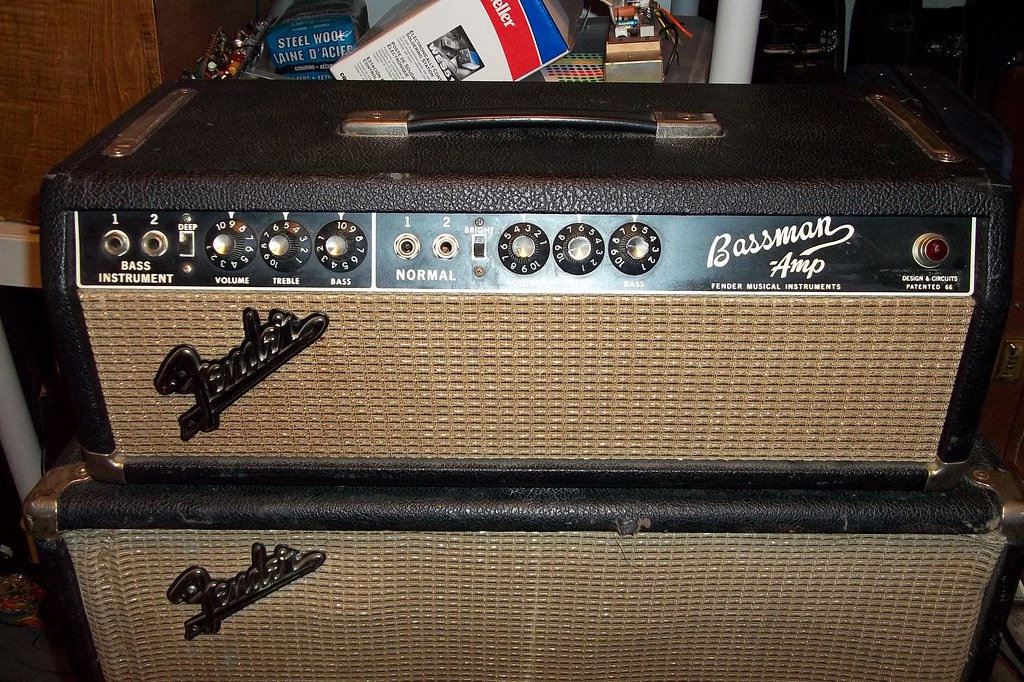 The World's Best Photos of guitar and tubeamp - Flickr Hive Mind