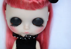 Juliette (Aya_27) Tags: pink white black amazing doll dot divine stunning handsewn blythe lovely dots custom ruffle inhand dressbyme makotomania