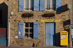 La Poste (Claude Schildknecht) Tags: france poste bureau rhône maison saintlaurentdagny