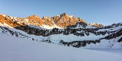 Traualpe - Tannheimer Berge - Landsberger Htte (MC-80) Tags: schnee sunset mountain snow sonnenuntergang htte berge alpen alpenglow tannheim alpenglhen landsberger tannheimerberge traualpsee traualpe