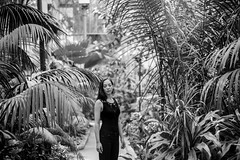 (Esther'90) Tags: portrait blackandwhite bw woman plants nature leaves fashion garden botanical lights natural bokeh fashionphotography naturallight portraiture leafs botanicalgarden bwportrait portraitphotography fashionportrait blackandwhiteportrait womanportrait portraitwoman
