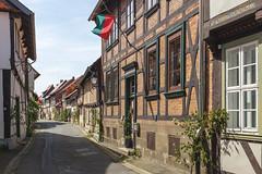 Hornburg 1 (GeraldGrote) Tags: germany de fahne fachwerk niedersachsen strase hornburg