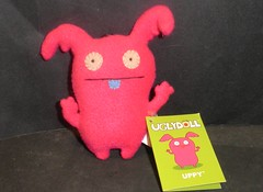 uglydoll (UPPY) (mikaplexus) Tags: favorite david animals toy toys stuffed doll dolls plush stuffedanimals aww uglydoll uglydolls plushes horvath davidhorvath uppy ireallylike