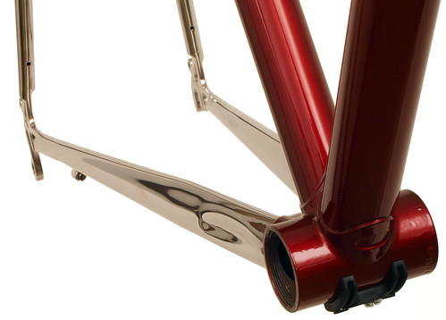 <p>Polished stainless chainstays for Waterford Nuevo-Coco Custom Lug 60cm Frame, made of stainless steel with polished lugs and stays,  62389</p>