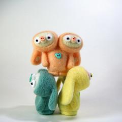 Tada! (Kit Lane) Tags: bunnies wool toys dolls fiberart mutation needlecraft kitlane jacabobs qdna