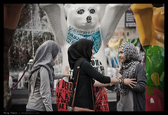 _7055145 copy (mingthein) Tags: life bear street people macro art nikon bokeh availablelight g bears hijab streetphotography photojournalism installation micro malaysia pj pavilion kuala bb kl ming lumpur afs bukit bintang reportage onn 6028 thein d700 photohorologer mingtheincom afs6028g