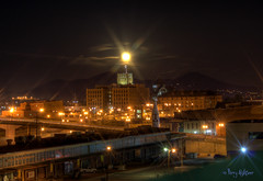 Christmas Full Moon Rise (Terry Aldhizer) Tags: christmas city moon night landscape december cityscape full roanoke moonrise terry rise aldhizer terryaldhizercom