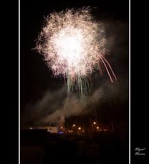 Fireworks #3 (miguel m2010) Tags: firework fogo artifício mygearandme mygearandmepremium mygearandmebronze mygearandmesilver mygearandmegold mygearandmeplatinum mygearandmediamond