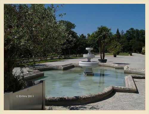 Schlosspark Eisenstadt 'barockparterre' vor orangerie, formales becken 2011-06